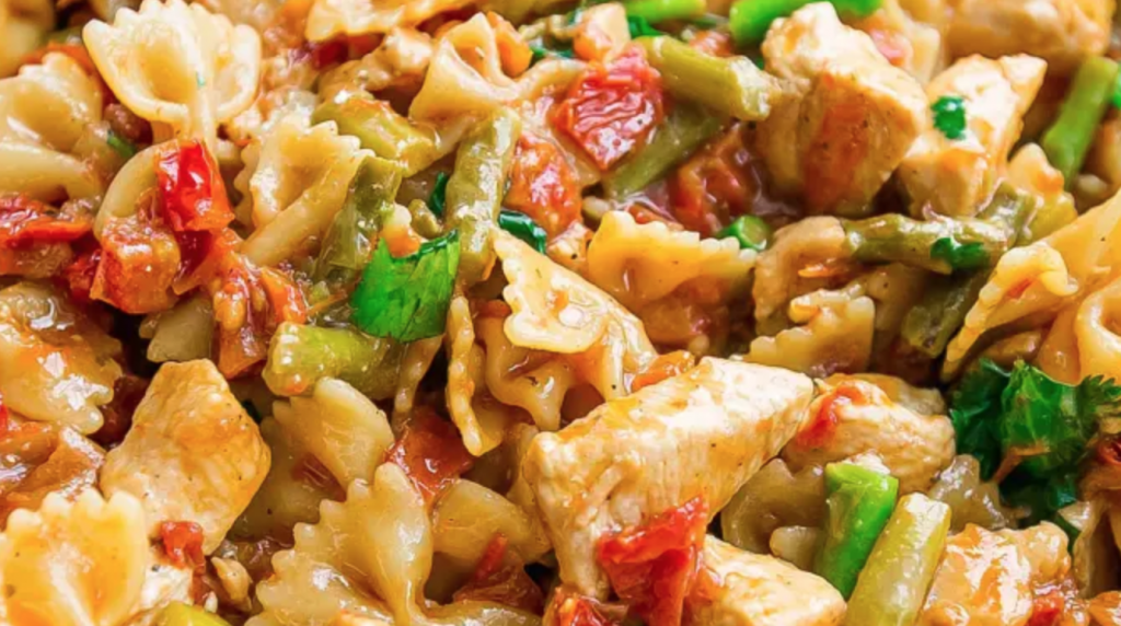 chicken recipes - One Pot Bruschetta Chicken Pasta Photo credit: sweetcs.com