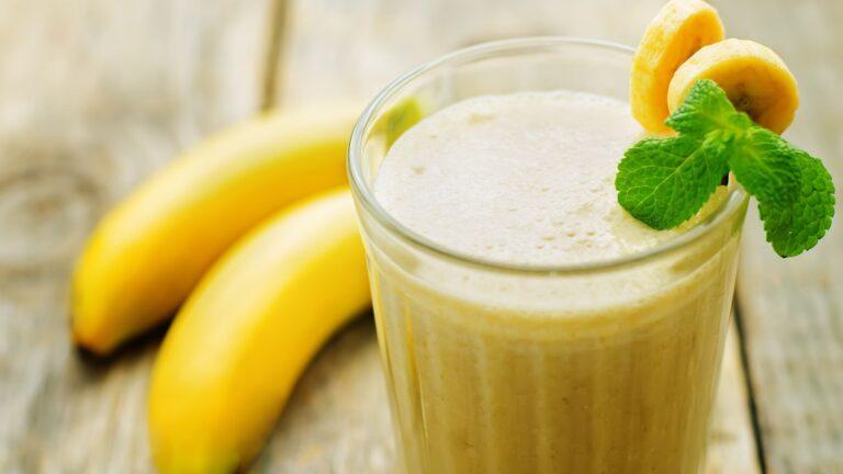 Lose weight with a Banana Milkshake